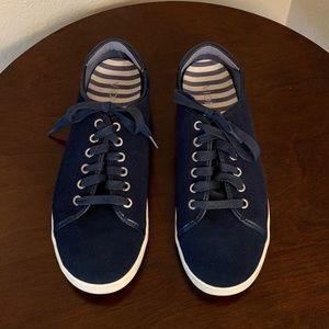 Vionic - Water Resistant Suede Sneakers - 9.5 Wide